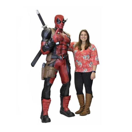 Marvel - Estatua Deadpool 185 cm