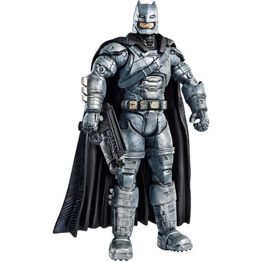 Batman vs Superman - Batman con Armadura - Figura de Colección